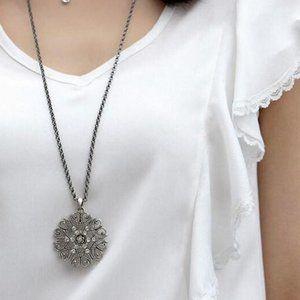 4/$25 New Gorgeous Pendant Necklace
